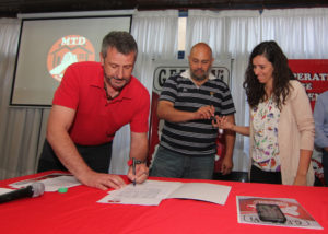 04 Neuquén Firma convenio Gepprovi & SPN 25 viviendas trabajadores prensa Foto SPN